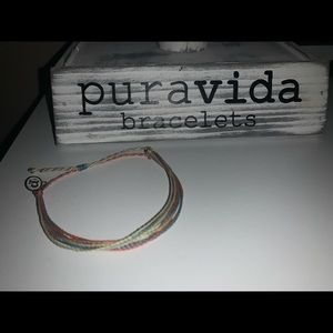 pura vida braclet comes with bag! brand new